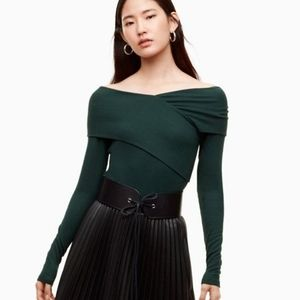 Babaton Phil T-shirt off the shoulder long sleeve